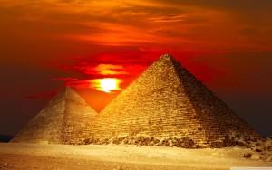 pyramids_egypt-wallpaper-2560x1600