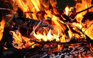 burning_wood-wallpaper-5120x3200