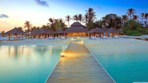 maldive_islands_resort-wallpaper-3840x2160