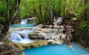 tropical_waterfall-wallpaper-5120x3200